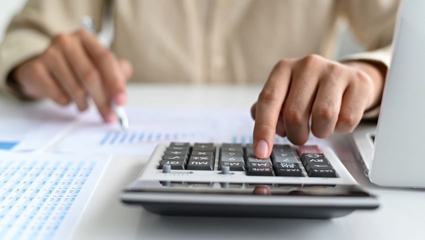 6 Ways to Save Money and Budget