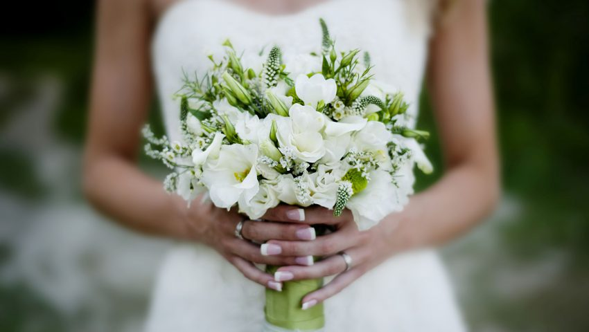 Here's How To Plan Your Big Day on a Budget!