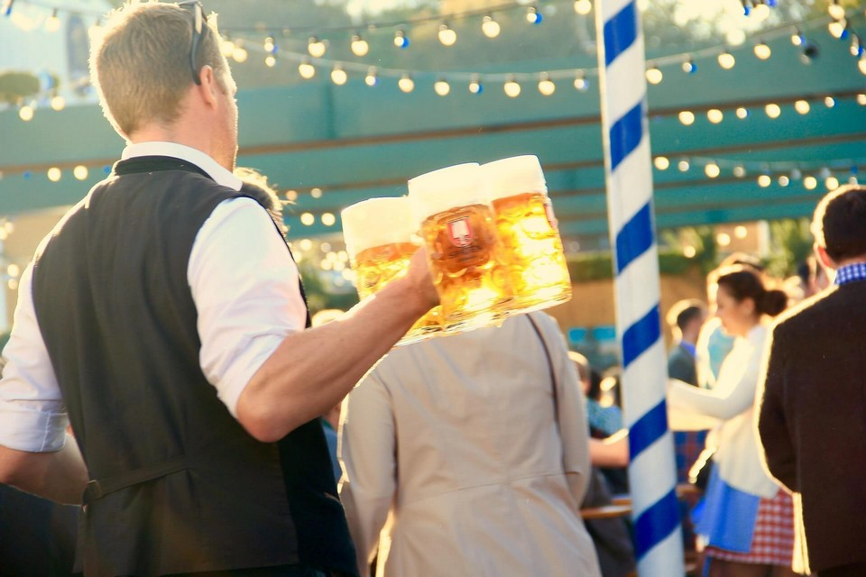 Everything You Need To Know About Going To Oktoberfest This Year!