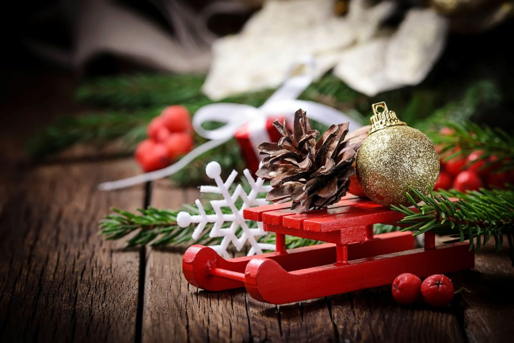 Christmas decorations with sleigh, pinecone and bauble